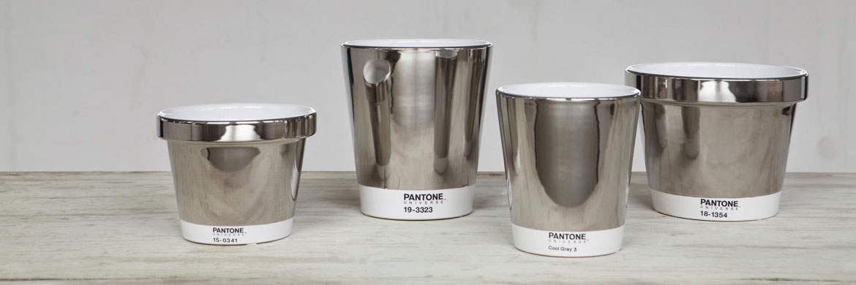 003-pantone